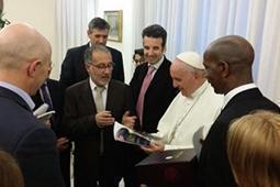 papa Francesco incontro con il cristianesimo sociale francese